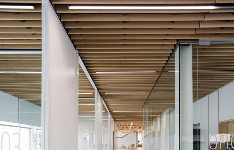 falso techo de lamas de madera wood slat false ceiling Faux plafond de lames bois 012