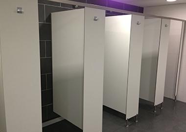 003 Cabinas fenólicas para duchas phenolic cabins for showers cabines phénoliques de douche
