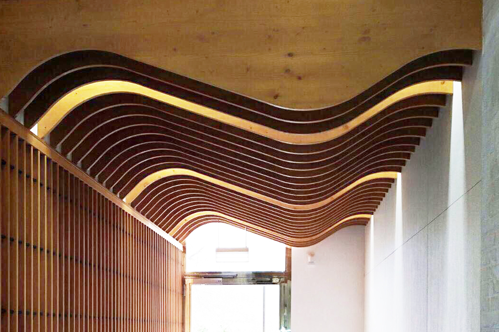 Curved Wood Slats For Spectacular Design Ceilings Spigoline